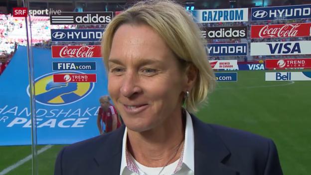 Video «Fussball: Frauen-WM, Schweiz-Ecuador, Interview Martina Voss-Tecklenburg» abspielen