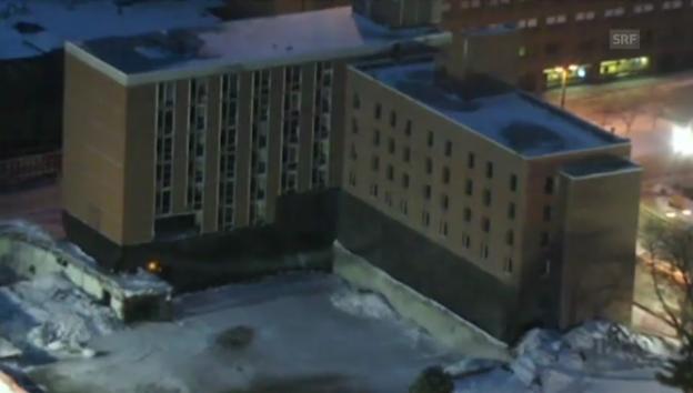 Video «Gebäudesprengung in Des Moines» abspielen