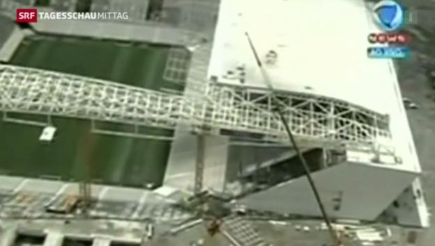Video «Unfall bei Stadionbau in Brasilien» abspielen