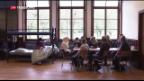 Video «Bundesrätin Sommaruga besichtigt Asylzentrum in Losone» abspielen