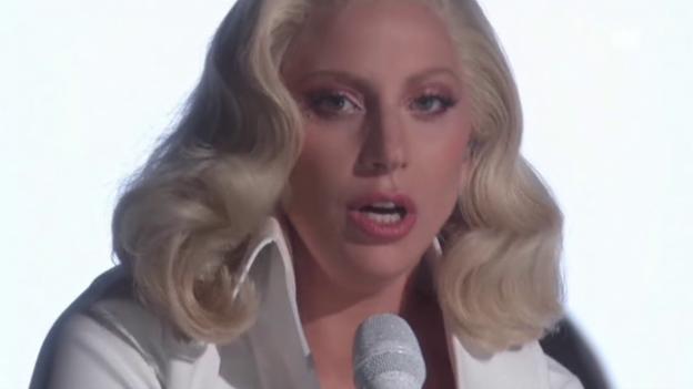 Video «Vize-Präsident Biden und Lady Gaga an den Oscars» abspielen