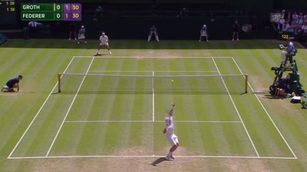 Video «Tennis: Wimbledon, 3. Runde, Groth - Federer, Ass mit 236.5 km/h» abspielen