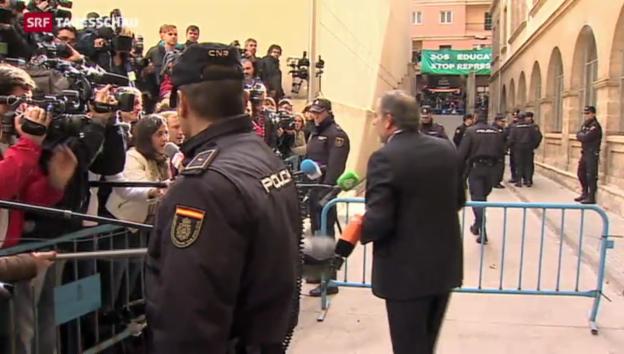 Video «Proteste gegen die vor Gericht stehende Infantin Cristina» abspielen