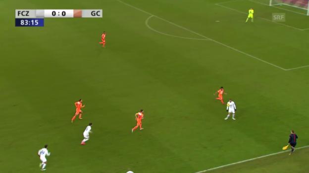 Video «Fussball: CH-Cup, Viertelfinal, FCZ-GC, Handspiel Pavlovic» abspielen
