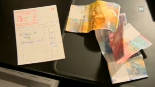 Video «Economy and Society: Buying (2/12)» abspielen