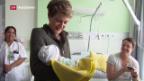 Video «Am «Tag der Arbeit»: Sommaruga bei Pflegenden» abspielen