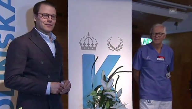 Video «Prinz Daniel bei der Pressekonferenz im Krankenhaus» abspielen