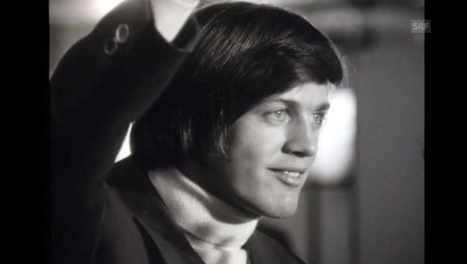 Bernhard Russi und das Schweizer Team kommen in Zürich Kloten an («Sport» am Mittwoch 7.03.1972)