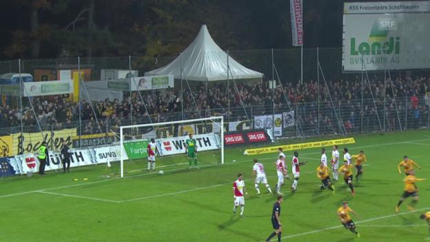 Video «Fussball: Schweizer Cup 2015/16, Schaffhausen-Sion, Traumtor Bicvic zum 1:0» abspielen