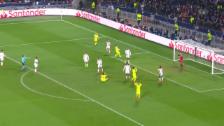 Link öffnet eine Lightbox. Video Barcelona verpasst Auswärtstor in Lyon abspielen