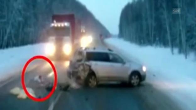 Video «Baby wird aus Auto geschleudert – und überlebt» abspielen