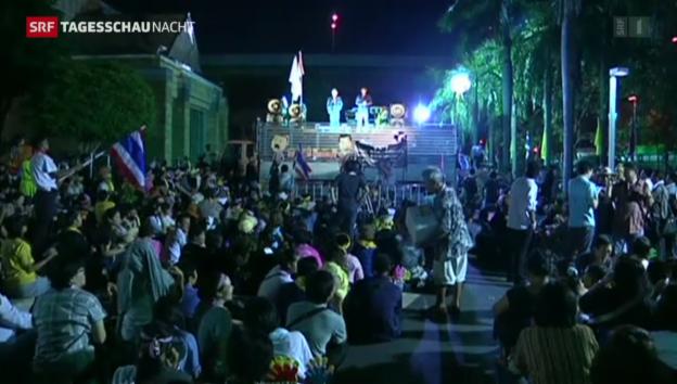 Video «Ministerien in Bangkok gestürmt» abspielen