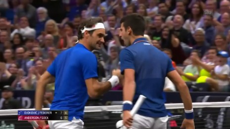 Link öffnet eine Lightbox. Video Die Doppelpartie mit Federer/Djokovic abspielen