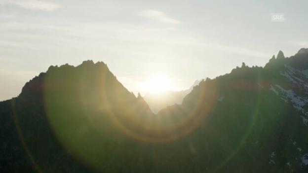 Video ««SRF bi de Lüt – Wunderland»: Heliflug Bergell» abspielen