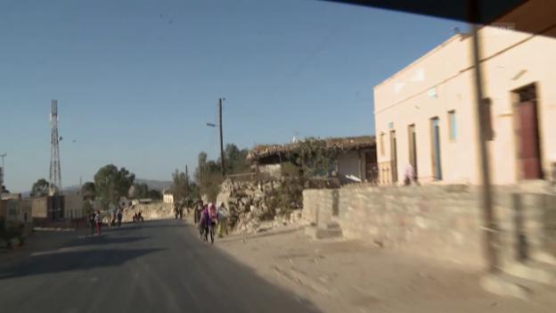 Video «Mit Toni Locher in Eritrea» abspielen
