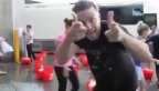 Video «Justin Timberlakes Ice Bucket Challenge (Englischer Originalton)» abspielen
