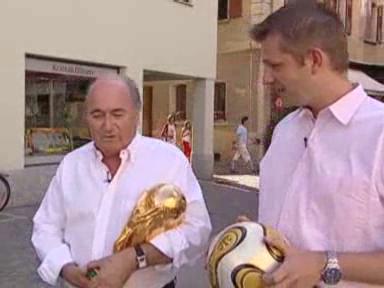 Video «Studiogast: Sepp Blatter» abspielen