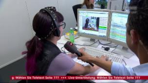 Video «Dana Widmer untertitelt live ihr eigenes Interview» abspielen