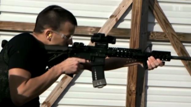 Video «Streit um Waffen» abspielen