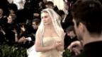 Video «Met Gala: Starauflauf mit religiösem Touch» abspielen