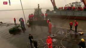 Video «65 Leichen nach Schiffsunglück geborgen  » abspielen