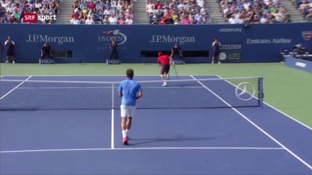 Video «Federer zieht mühelos in die 3. Runde ein» abspielen