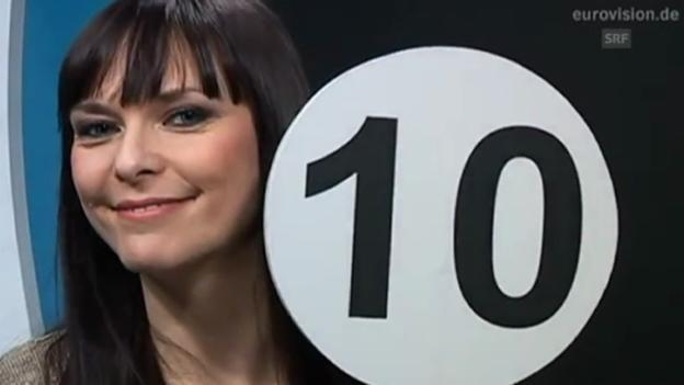 Video «ARD-Songcheckerin Bernadette Hirschfelder über Takasa» abspielen