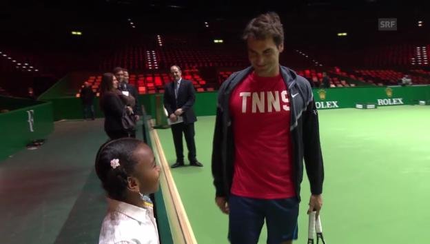 Video «Chelsea Fontenel trifft ihr Idol Roger Federer» abspielen