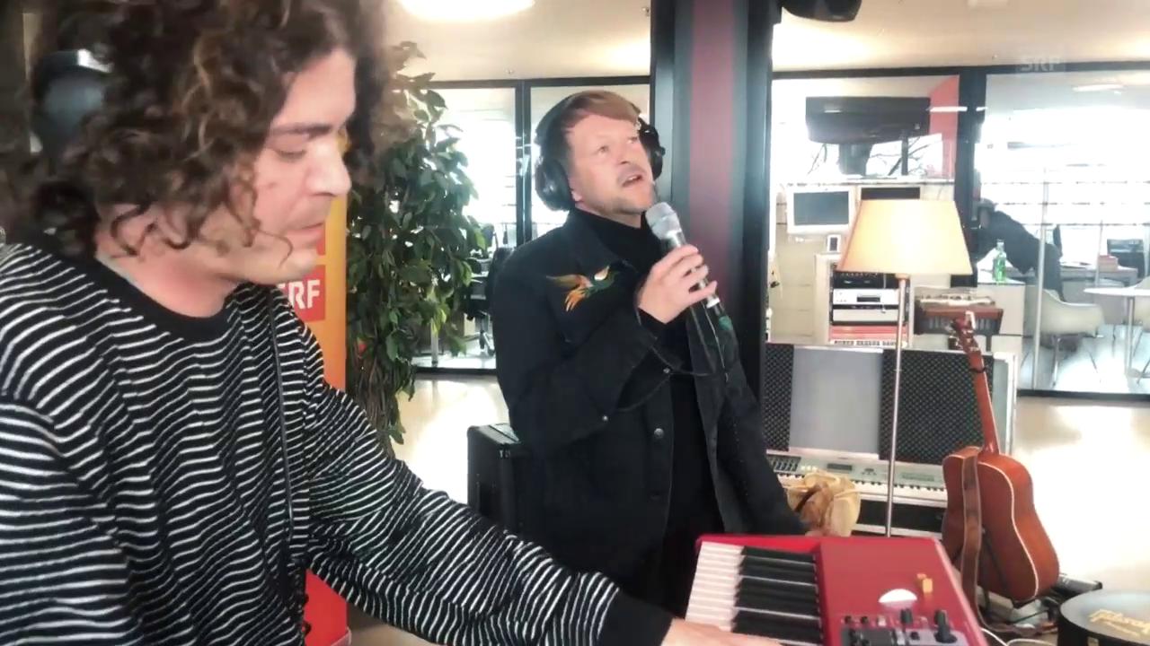 Michael von der Heide singt «Le Livre Blanc»