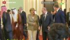 Video «Merkel warnt Putin aussergewöhnlich scharf» abspielen