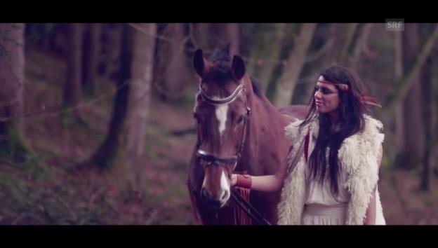 Video ««Time to Shine» von Mélanie René» abspielen