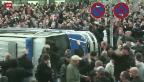 Video «Hooligans vereint mit Neonazis» abspielen