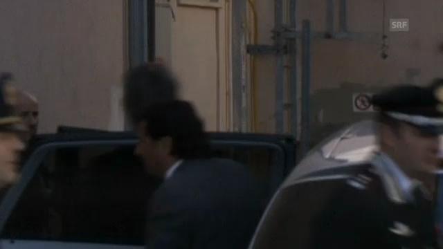 Schettino kommt zu seinem Gerichtstermin durch die Hintertür (unkommentiert)