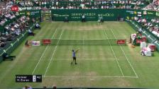 Link öffnet eine Lightbox. Video Zu früh gefreut: Federers Punkt muss wiederholt werden abspielen