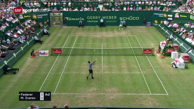Video «Zu früh gefreut: Federers Punkt muss wiederholt werden» abspielen