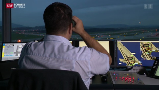 Video «Fluglotse nach Beinahe-Kollision vor Gericht» abspielen