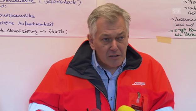 Video «Amacker zur Verkehrslage und Bahnersatz» abspielen