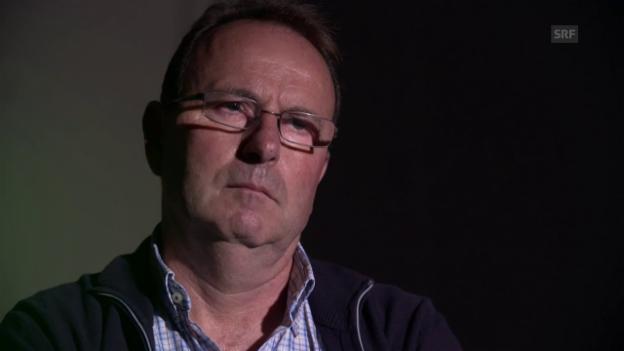Video «Markus Zangger sieht Filmaufnahmen ehemaliger Jegge-Schüler» abspielen