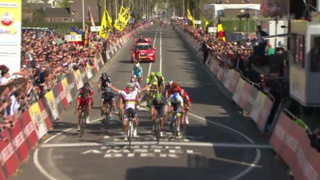 Video «Rad: Gold Race, die Entscheidung» abspielen