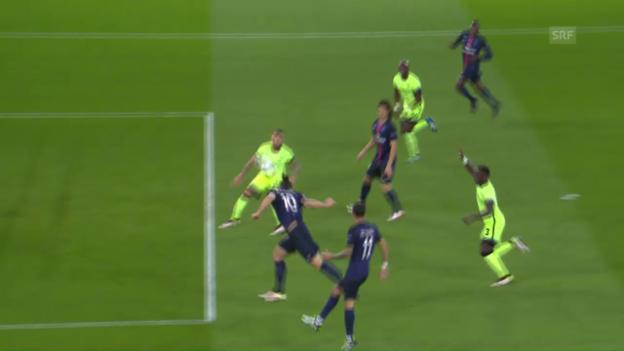 Video «Ibrahimovic scheitert mit einem Kopfball aus bester Position» abspielen