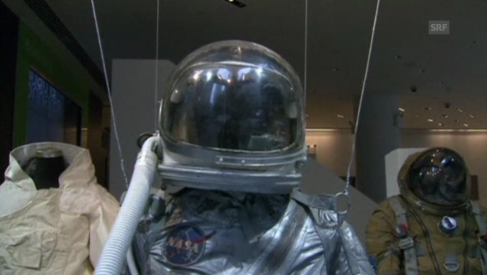 Ausstellung der Weltraum-Exponate in New York (unkommentiert).