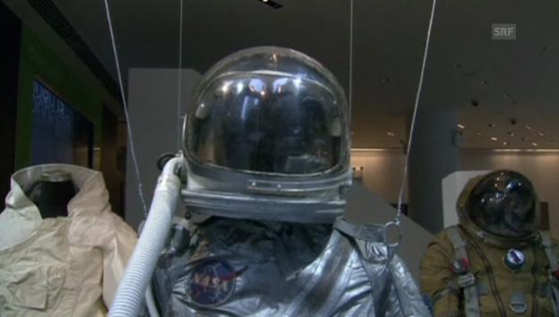 Video «Ausstellung der Weltraum-Exponate in New York (unkommentiert).» abspielen