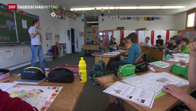 Video «Lehrer wollen mehr Lohn» abspielen