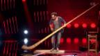 Video «Enrico Lenzin steppt mit dem Alphorn» abspielen