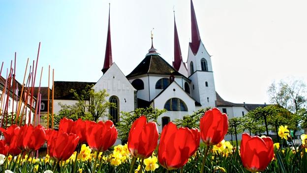 Glockengeläut der Klosterkirche in Muri