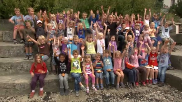 Video «Matthias Sempach besucht die Primarschule Alchenstorf» abspielen