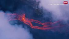 Link öffnet eine Lightbox. Video Flüsse aus Lava und giftige Wolken abspielen