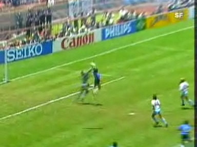 Video «Diego Maradonas «Hand Gottes».» abspielen