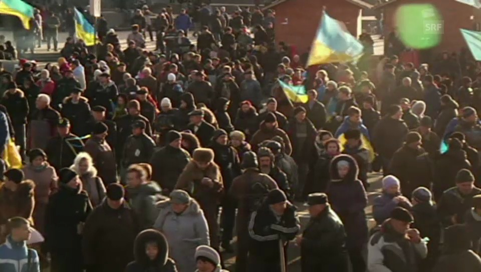 Ausharren im zentrum von Kiew