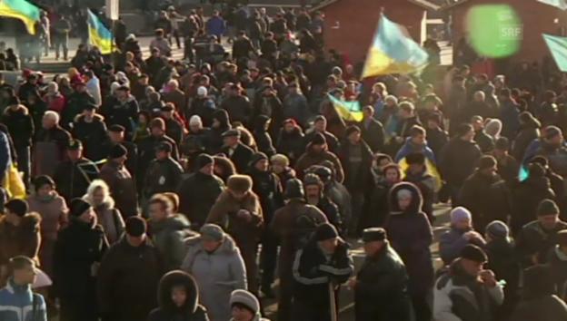 Video «Ausharren im zentrum von Kiew» abspielen